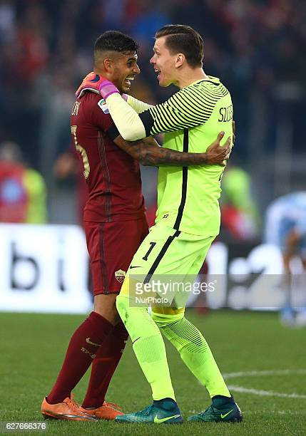 Emerson Palmieri of AS Roma and Wojciech Szczesny of AS Roma celebration after the goal of 20 during the Italian Serie A football match between SS...