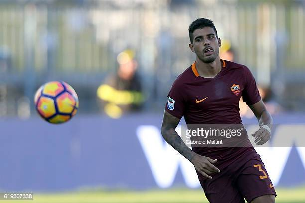 Emerson Palmieri of AS Roma in action during the Serie A match between Empoli FC and AS Roma at Stadio Carlo Castellani on October 30 2016 in Empoli...