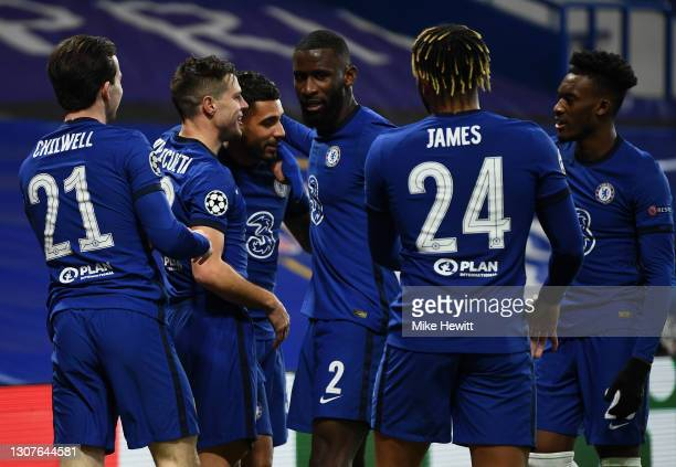 Emerson Palmieri of Chelsea celebrates with Ben Chilwell, Cesar Azpilicueta, Antonio Ruediger, Reece James and Callum Hudson-Odoi after scoring their...