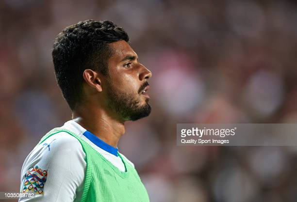 Emerson Palmieri of Italy warms up during the UEFA Nations League A group three match between Portugal and Italy at Estadio do Sport Lisboa a Benfica...