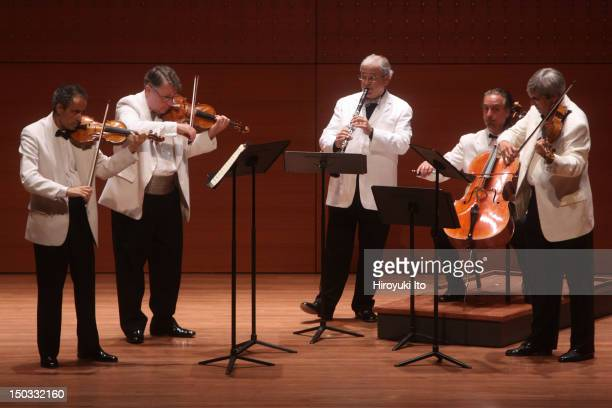"""Emerson String Quartet and David Shifrin performing Mozart's """"Clarinet Quintet in A major"""" at Alice Tully Hall on Monday night, August 16, 2010.The..."""