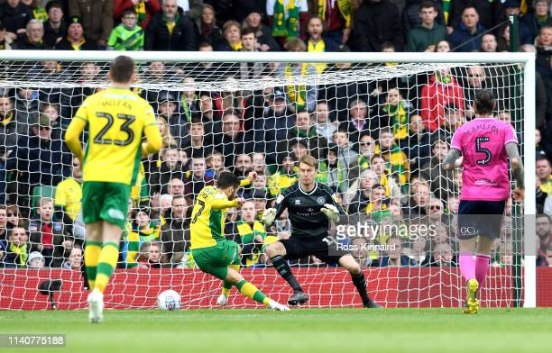 Emi Buendia of Norwich City scores his team's first goal during the Sky bet Championship match between Norwich City and Queens Park Rangers at Carrow...