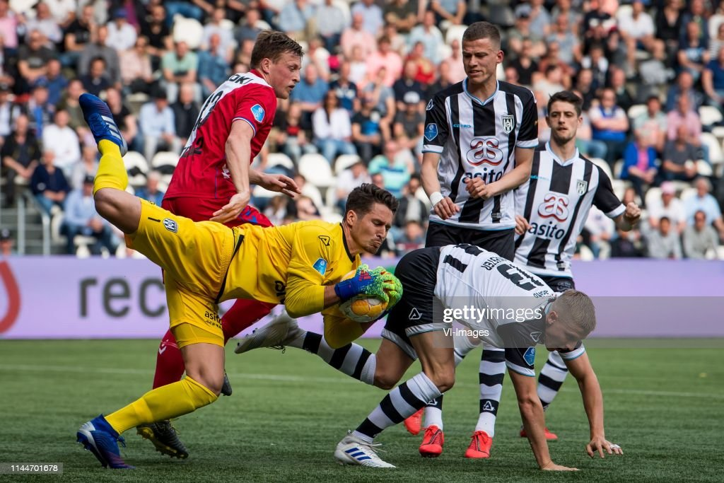 Emil Bergstrom Of Fc Utrecht Heracles Almelo Goalkeeper Janis News Photo Getty Images