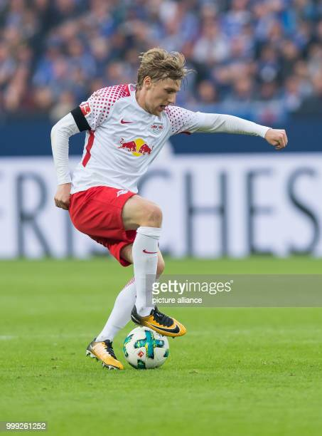 Emil Forsberg of Leipzig in action during the German Bundesliga football match between FC Schalke 04 and RB Leipzig at the Veltins Arena in...