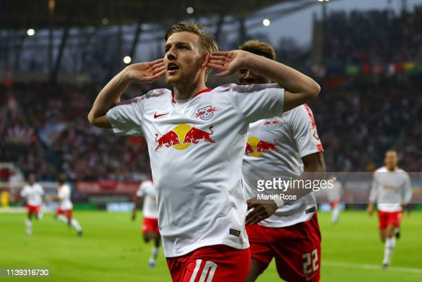 Emil Forsberg of RB Leipzig celebrates after scoring his team's first goal during the Bundesliga match between RB Leipzig and Hertha BSC at Red Bull...
