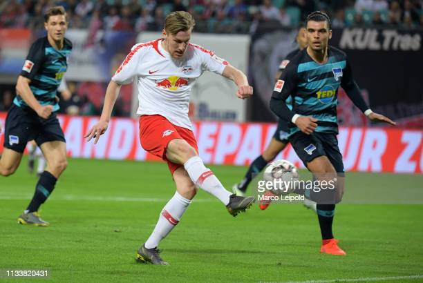 Emil Forsberg of RB Leipzig scores the 1:0 during the Bundesliga match between RB Leipzig and Hertha BSC at the Red Bull Arena on march 30, 2019 in...