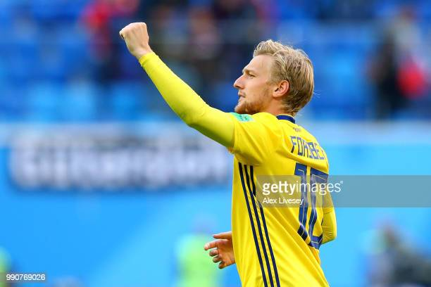 Emil Forsberg of Sweden celebrates victory following the 2018 FIFA World Cup Russia Round of 16 match between Sweden and Switzerland at Saint...