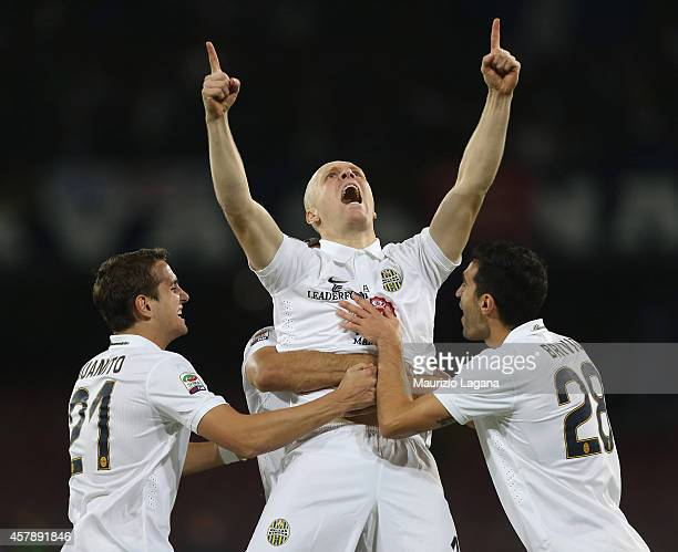 Emil Hallfredsson of Verona celebrates the opening goal during the Serie A match between SSC Napoli and Hellas Verona FC at Stadio San Paolo on...