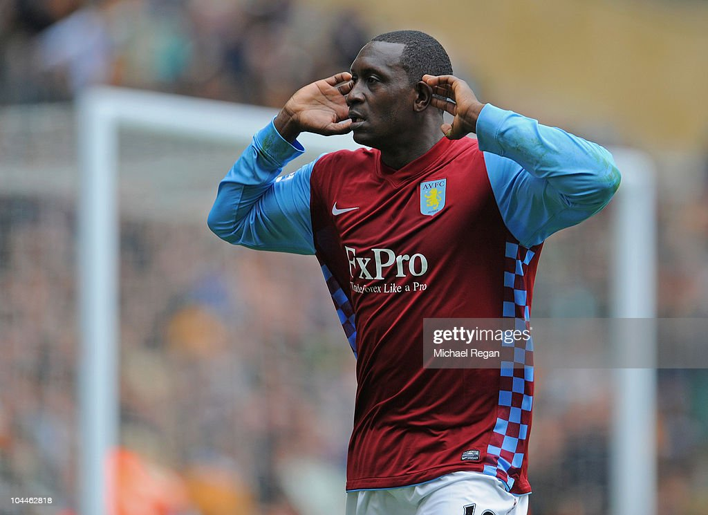 Wolverhampton Wanderers v Aston Villa - Premier League : News Photo
