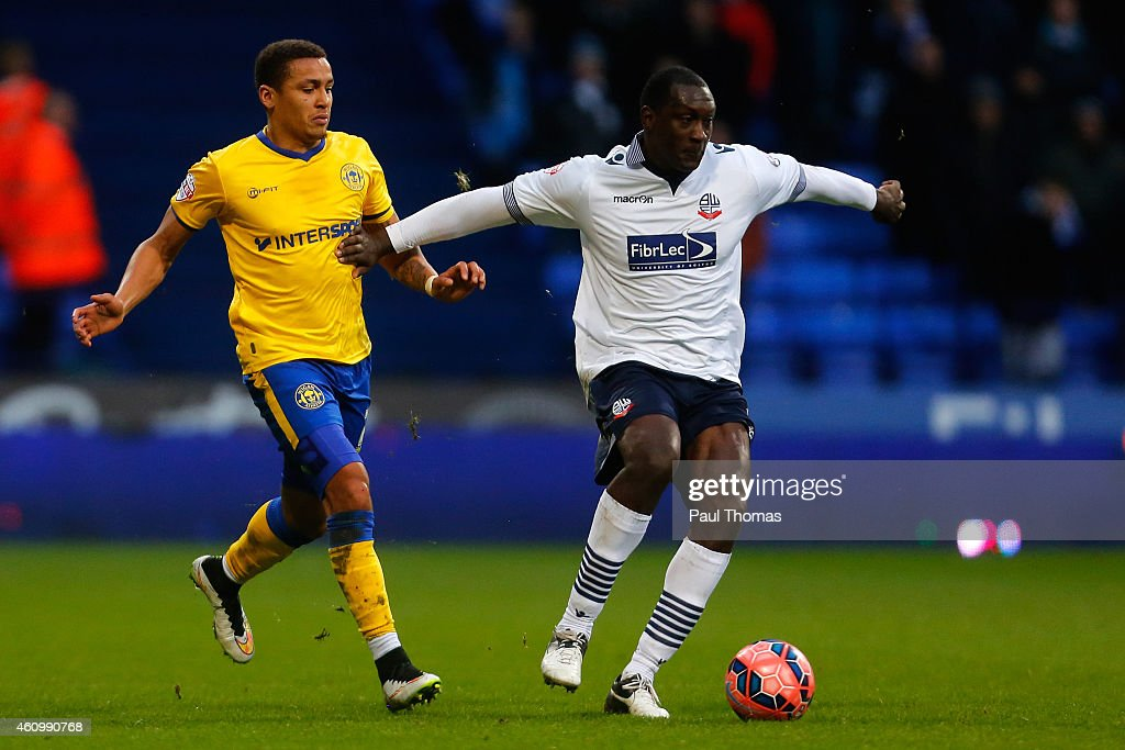 Bolton Wanderers v Wigan Athletic - FA Cup Third Round : News Photo