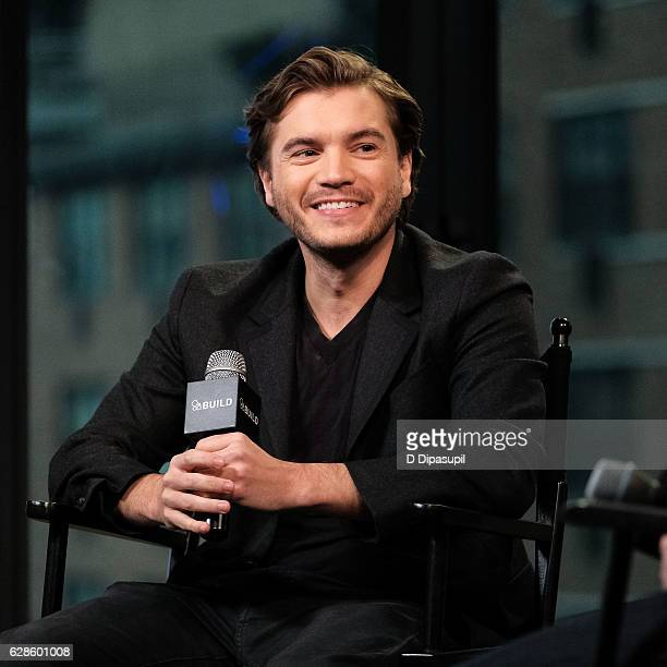 "Emile Hirsch attends the Build Series to discuss ""The Autopsy of Jane Doe"" at AOL HQ on December 8, 2016 in New York City."