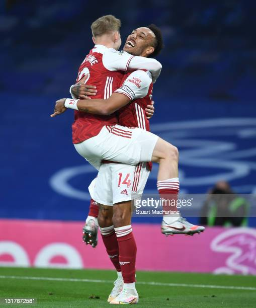 Emile Smith Rowe celebrates his goal with Arsenal captain Pierre-Emerick Aubameyang during the Premier League match between Chelsea and Arsenal at...