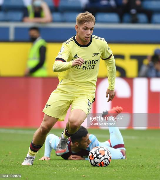 Emile Smith Rowe of Arsenal during the Premier League match between Burnley and Arsenal at Turf Moor on September 18, 2021 in Burnley, England.