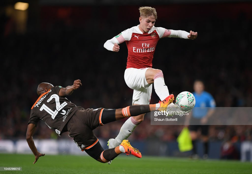 Arsenal v Brentford - Carabao Cup Third Round : ニュース写真