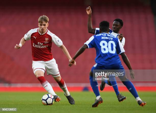 Emile Smith Rowe of Arsenal takes on Moreto Cassama of Porto during the match between Arsenal and FC Porto at Emirates Stadium on May 8 2018 in...
