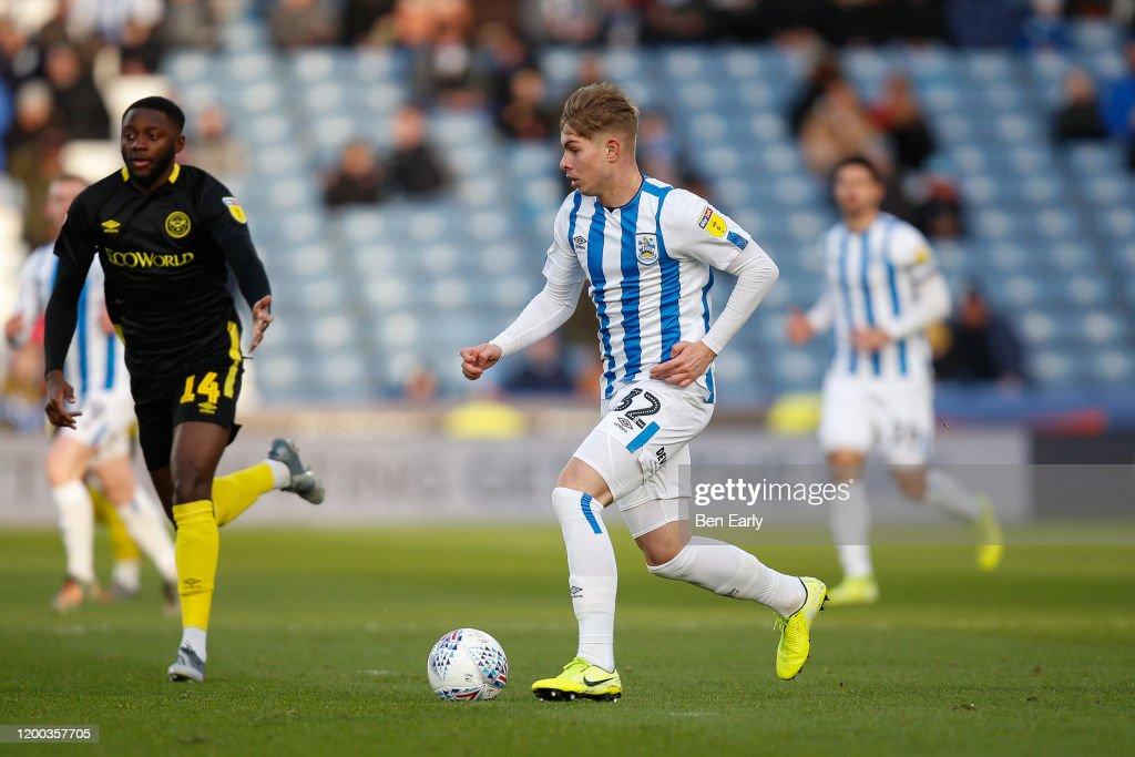 Huddersfield Town v Brentford - Sky Bet Championship : ニュース写真