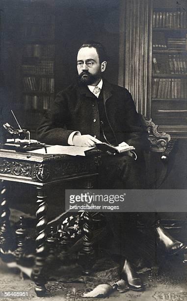 emile Zola French writer Photography Around 1880 [emile Zola franzoesischer Schriftsteller Photographie Um 1880]