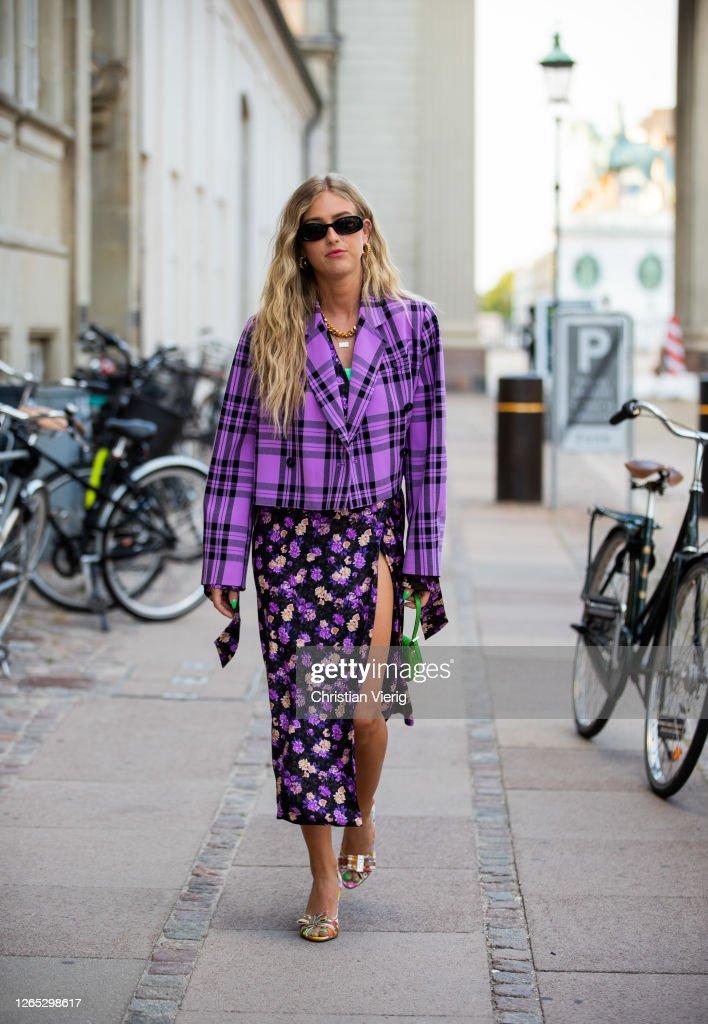 Street Style - Day 3 - Copenhagen Fashion Week Spring/Summer 2021 : Photo d'actualité