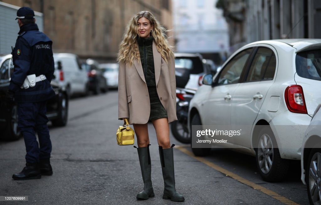 Street Style: February 20th - Milan Fashion Week Fall/Winter 2020-2021 : News Photo