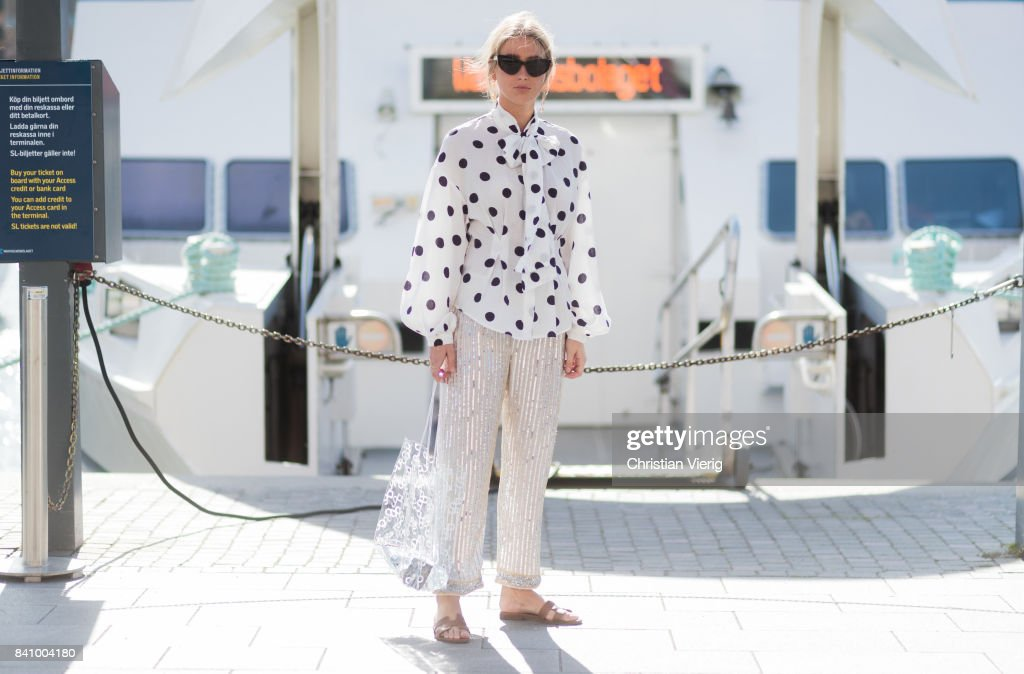 Street Style - Day 1 - Stockholm Fashion week Spring/ Summer 2018 : News Photo
