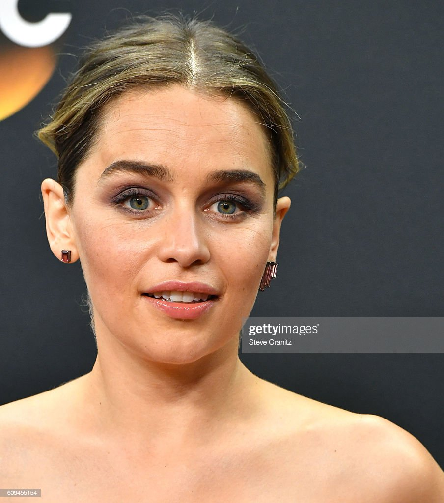 68th Annual Primetime Emmy Awards - Press Room : ニュース写真