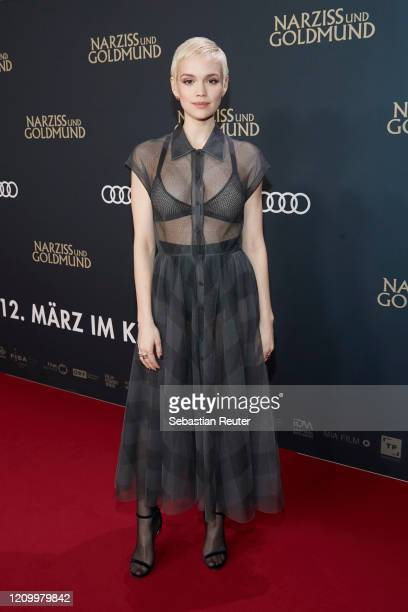 """Emilia Schuele attends the world premiere of the movie """"Narziss und Goldmund"""" at Zoo Palast on March 02, 2020 in Berlin, Germany."""