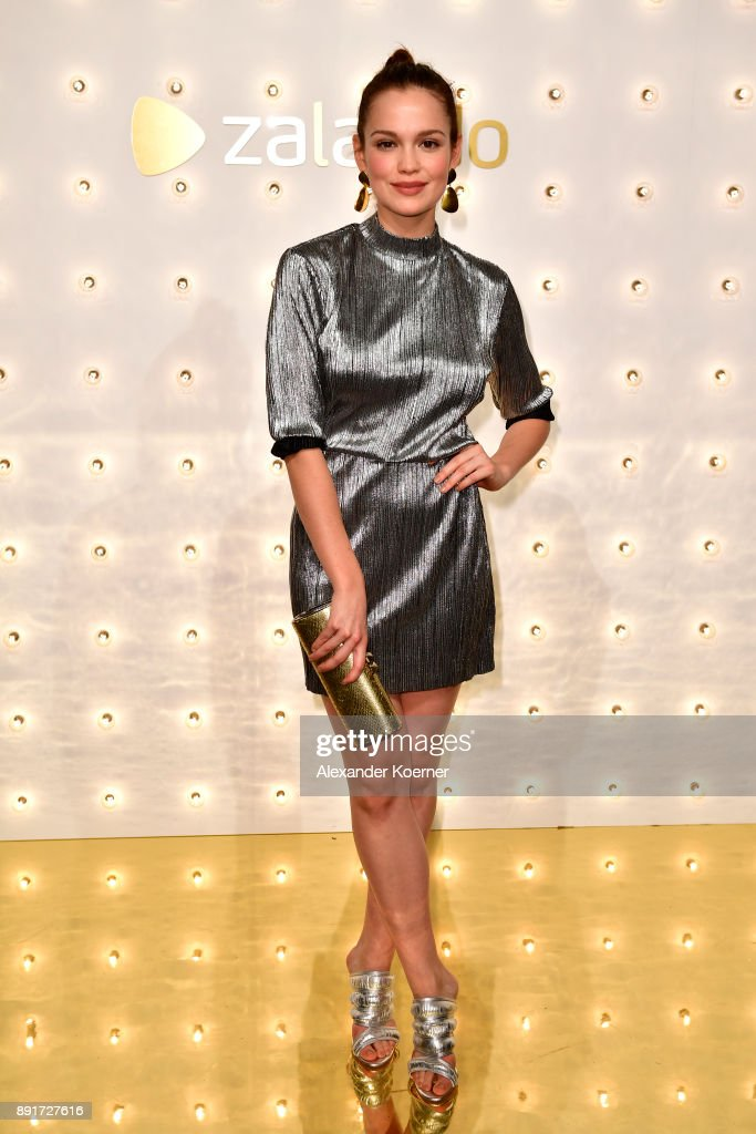Zalando Xmas Bash Hosted By Alek Wek