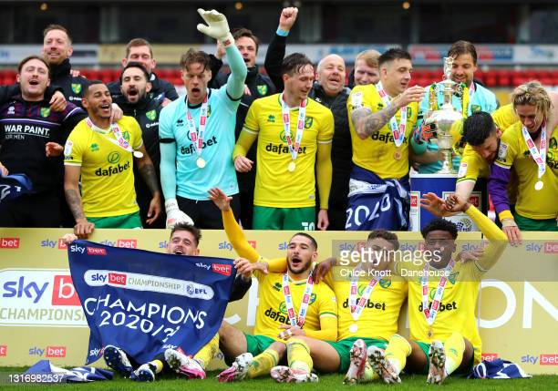 Emilian Buendia, Max Aarons and Bali Mumba of Norwich City celebrates after the the Sky Bet Championship match between Barnsley and Norwich City at...