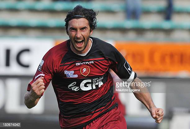 Emiliano Bonazzoli of Reggina celebrates the victory goal during the Serie B match between Reggina Calcio and ASG Nocerina at Stadio Oreste Granillo...