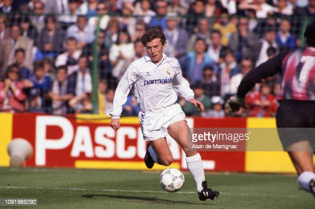 Emiliano Butragueno of Real Madrid during the liga match between Real Madrid and Logrones on April 10 in Santiago Bernabeu stadium, Madrid, Spain.