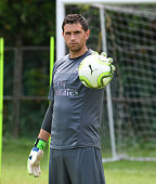 singapore emiliano martinez arsenal during an