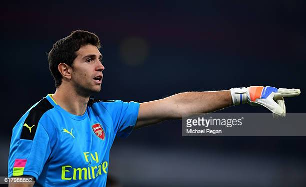 Emiliano Martinez of Arsenal in action during the EFL Cup fourth round match between Arsenal and Reading at Emirates Stadium on October 25 2016 in...