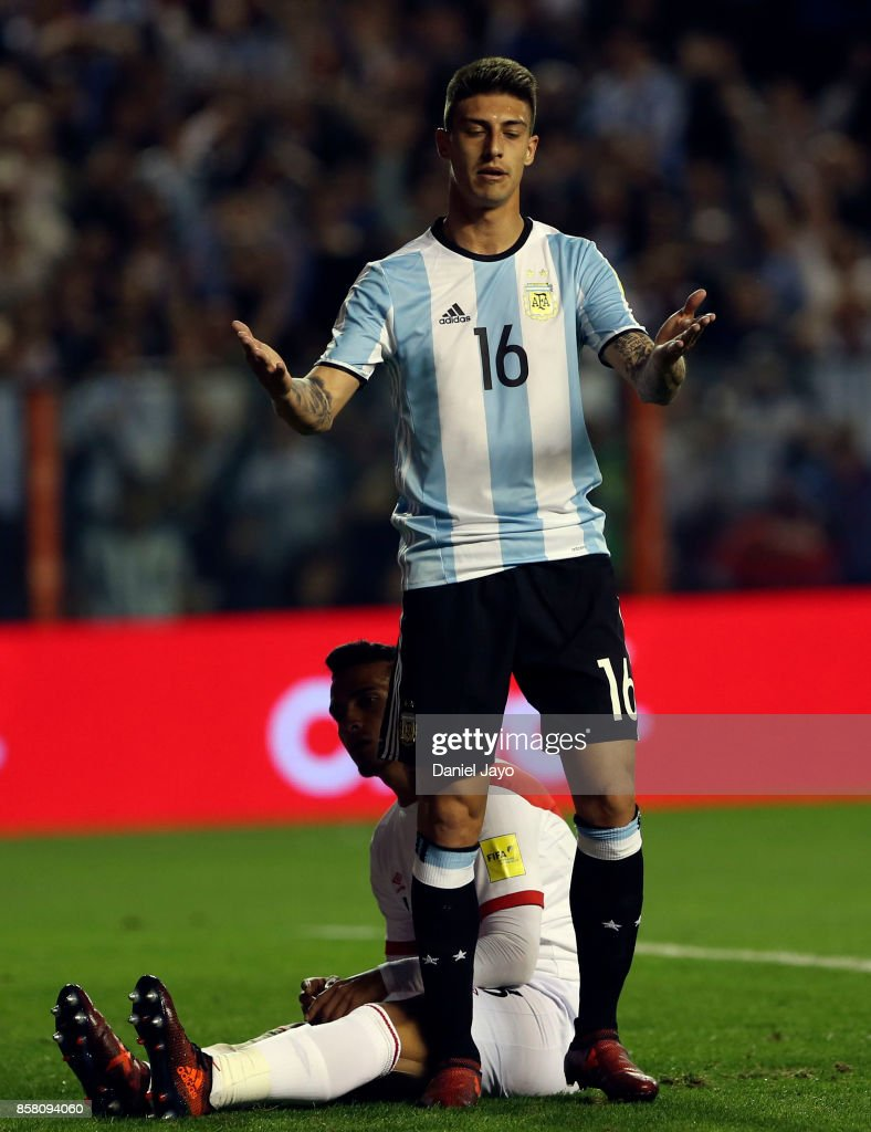 Argentina v Peru - FIFA 2018 World Cup Qualifiers
