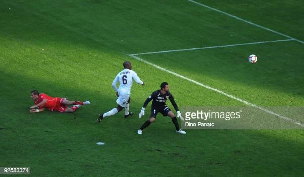Emiliano Testini of US Triestina Calcio scores his first goal during the Serie B match between US Triestina Calcio and Torino FC at Stadio Nereo...