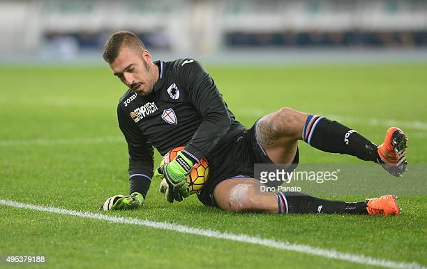 Emiliano Viviano goalkeeper of UC Samdoria in action during the Serie A match between AC Chievo Verona and UC Sampdoria at Stadio Marc'Antonio...