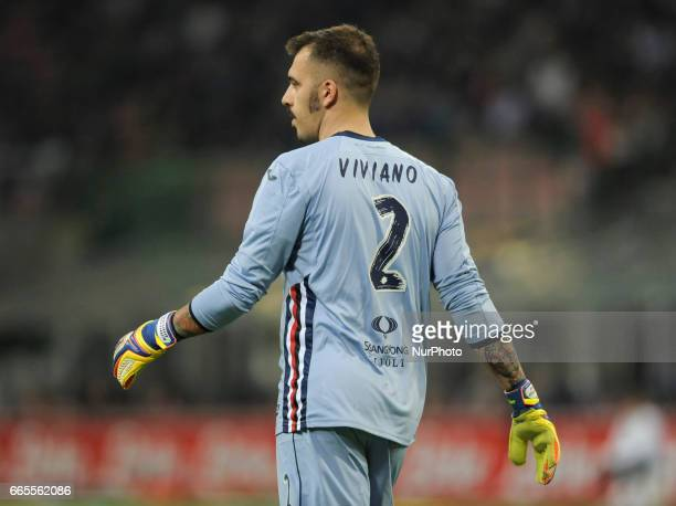 Emiliano Viviano of Sampdoria goalkeeper during the Serie A match between FC Internazionale and UC Sampdoria at Stadio Giuseppe Meazza on April 03...