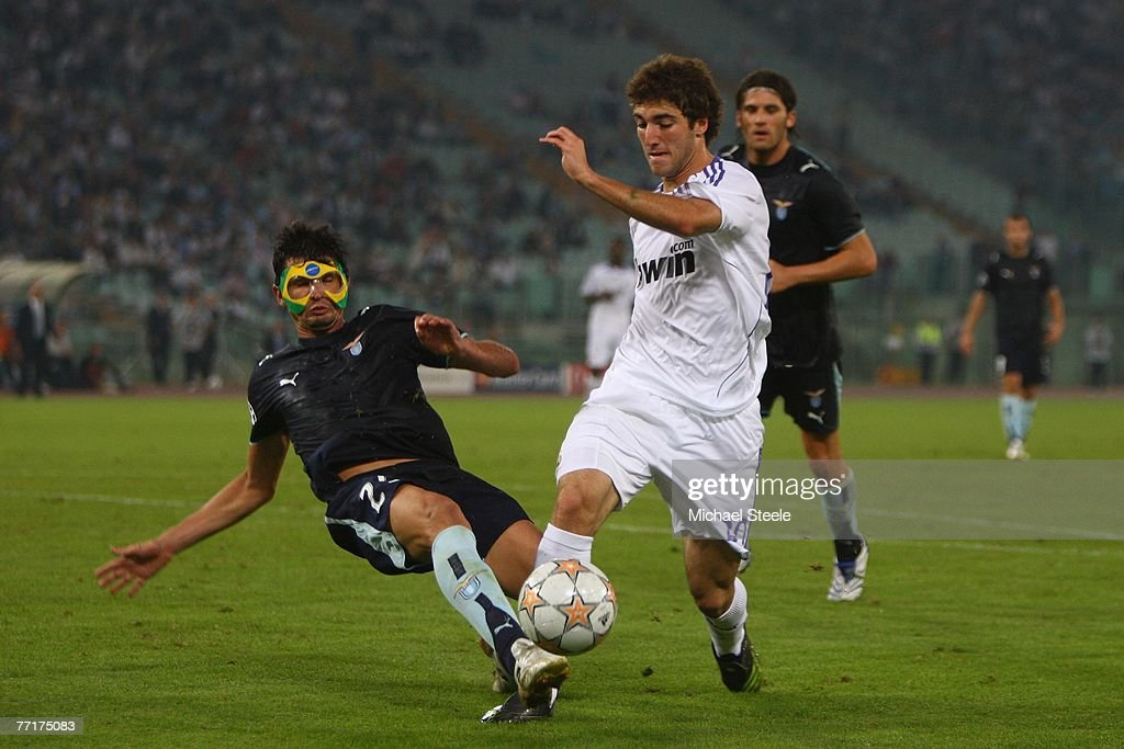 Lazio v Real Madrid - UEFA Champions League : News Photo
