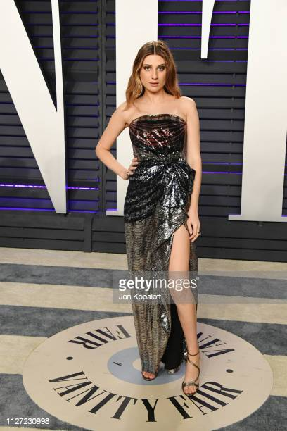 Emily Arlook attends the 2019 Vanity Fair Oscar Party hosted by Radhika Jones at Wallis Annenberg Center for the Performing Arts on February 24 2019...