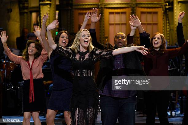 LIVE 'Emily Blunt' Episode 1707 Pictured Melissa Villaseñor Cecily Strong Emily Blunt Kenan Thompson and Vanessa Bayer during the monologue on...