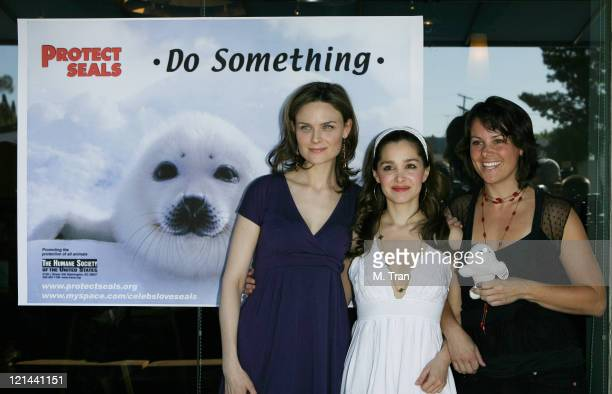 Emily Deschanel Gina Philips and Darcy Halsey during Save the Seals Day in LA at Real Food Daily in West Hollywood California United States