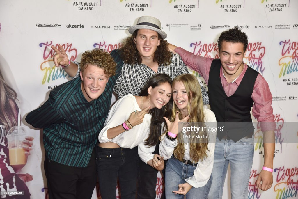 Emily Kusche, Flora Li Thiermann and the band Kicker Dibs attend the 'Tigermilch' Premiere at Kino in der Kulturbrauerei on August 15, 2017 in Berlin, Germany.