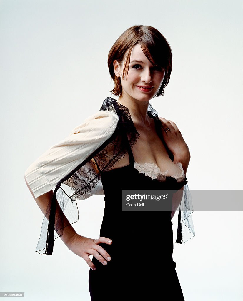 Cleavage Emily Mortimer nudes (43 photo), Ass, Sideboobs, Feet, see through 2006