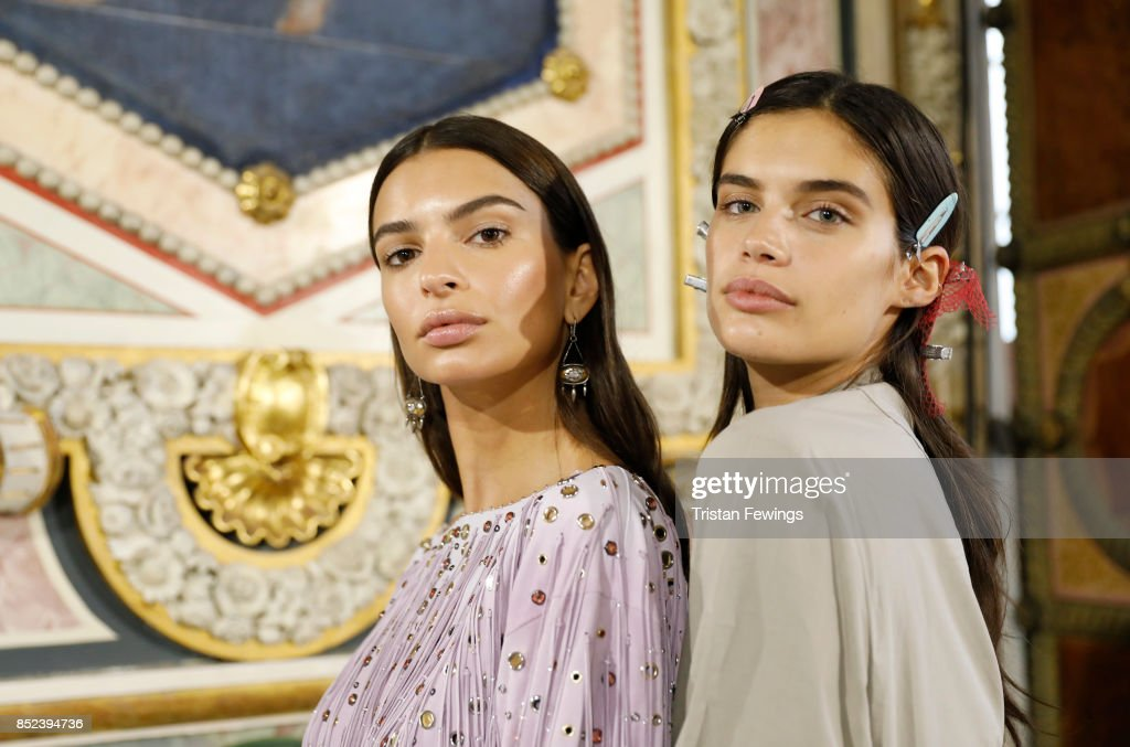 Bottega Veneta - Backstage - Milan Fashion Week SS18 : News Photo