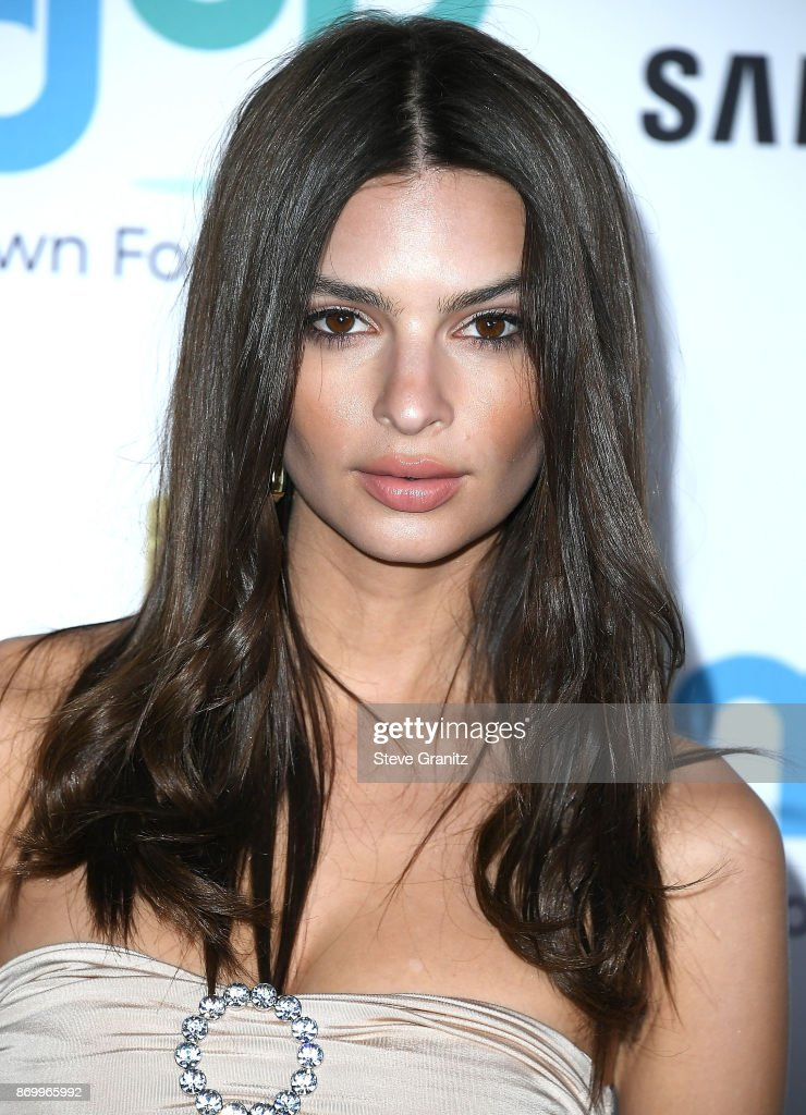 Emily Ratajkowski arrives at the Goldie's Love In For Kids at Ron Burkle's Green Acres Estate on November 3, 2017 in Beverly Hills, California.