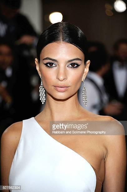 Emily Ratajkowski attends 'Manus x Machina Fashion In An Age Of Technology' Costume Institute Gala at