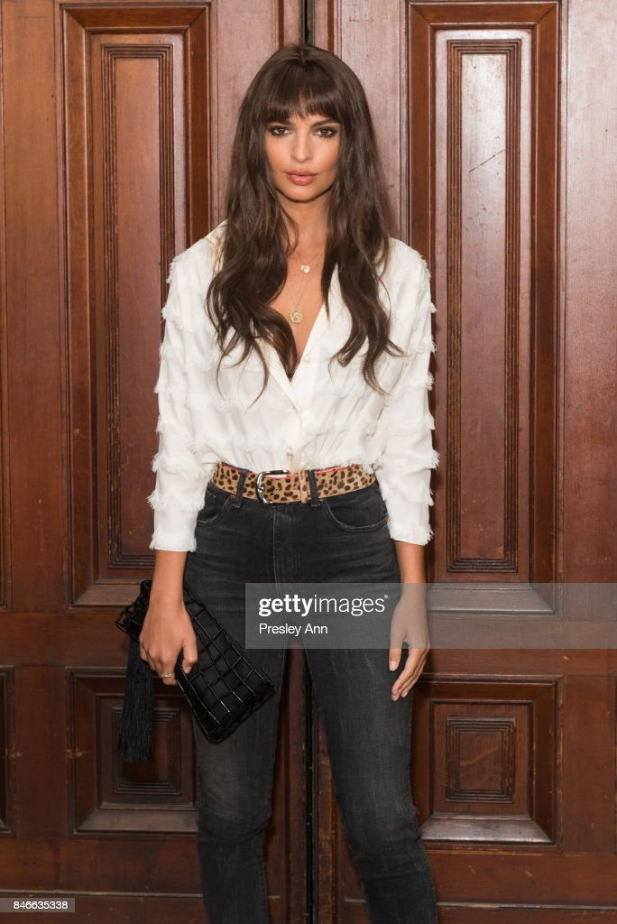 Emily Ratajkowski attends Marc Jacobs Spring 2018 Show - Red Carpet at Park Avenue Armory on September 13, 2017 in New York City.