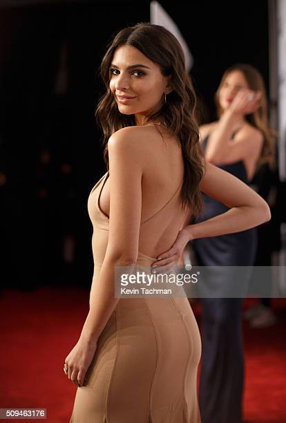 Emily Ratajkowski attends the 2016 amfAR New York Gala at Cipriani Wall Street on February 10 2016 in New York City