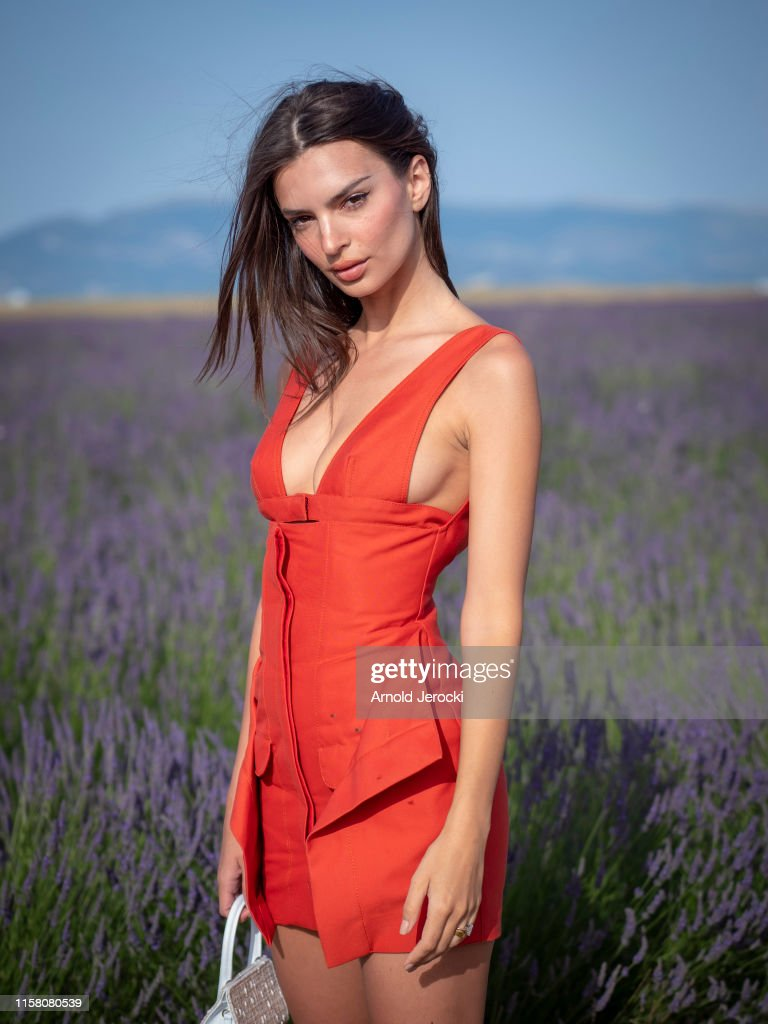 Jacquemus : Front Row - Fashion Week - Menswear Spring/Summer 2020 : News Photo