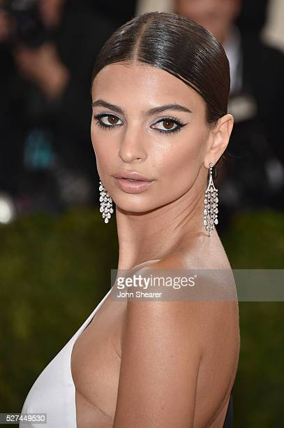Emily Ratajkowski attends the Manus x Machina Fashion In An Age Of Technology Costume Institute Gala at Metropolitan Museum of Art on May 2 2016 in...