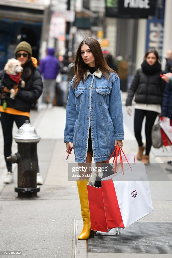 5a5103e4f71a Celebrity Sightings in New York City - December 12